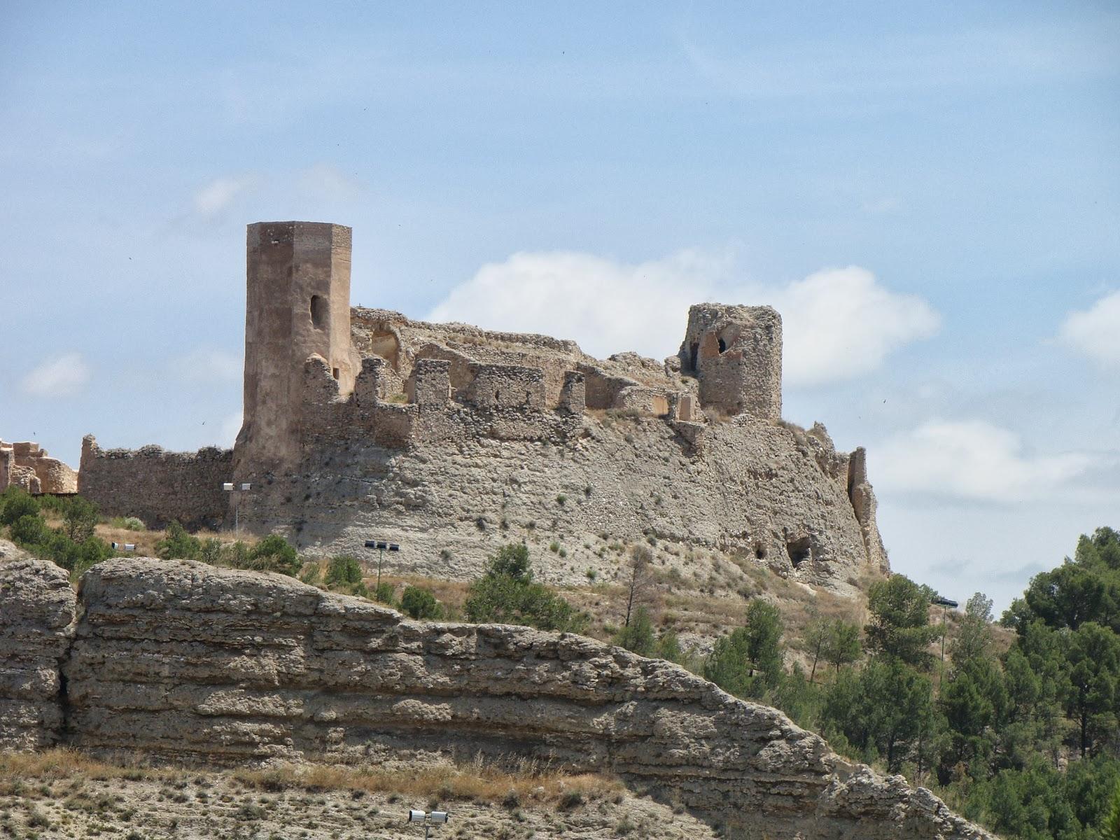 Castillo de ayub calatayud zaragoza tourismaniac - Hotel castillo de ayud calatayud ...