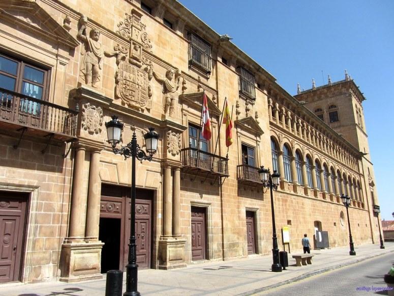 6. PALACIO DE LOS CONDES DE GÓMARA (SORIA)