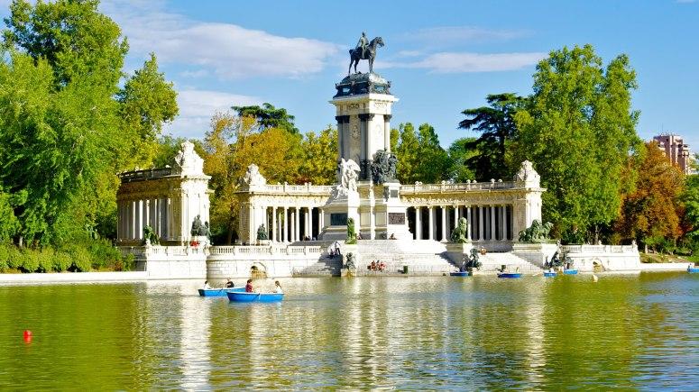 PARQUE DEL RETIRO (MADRID).jpg