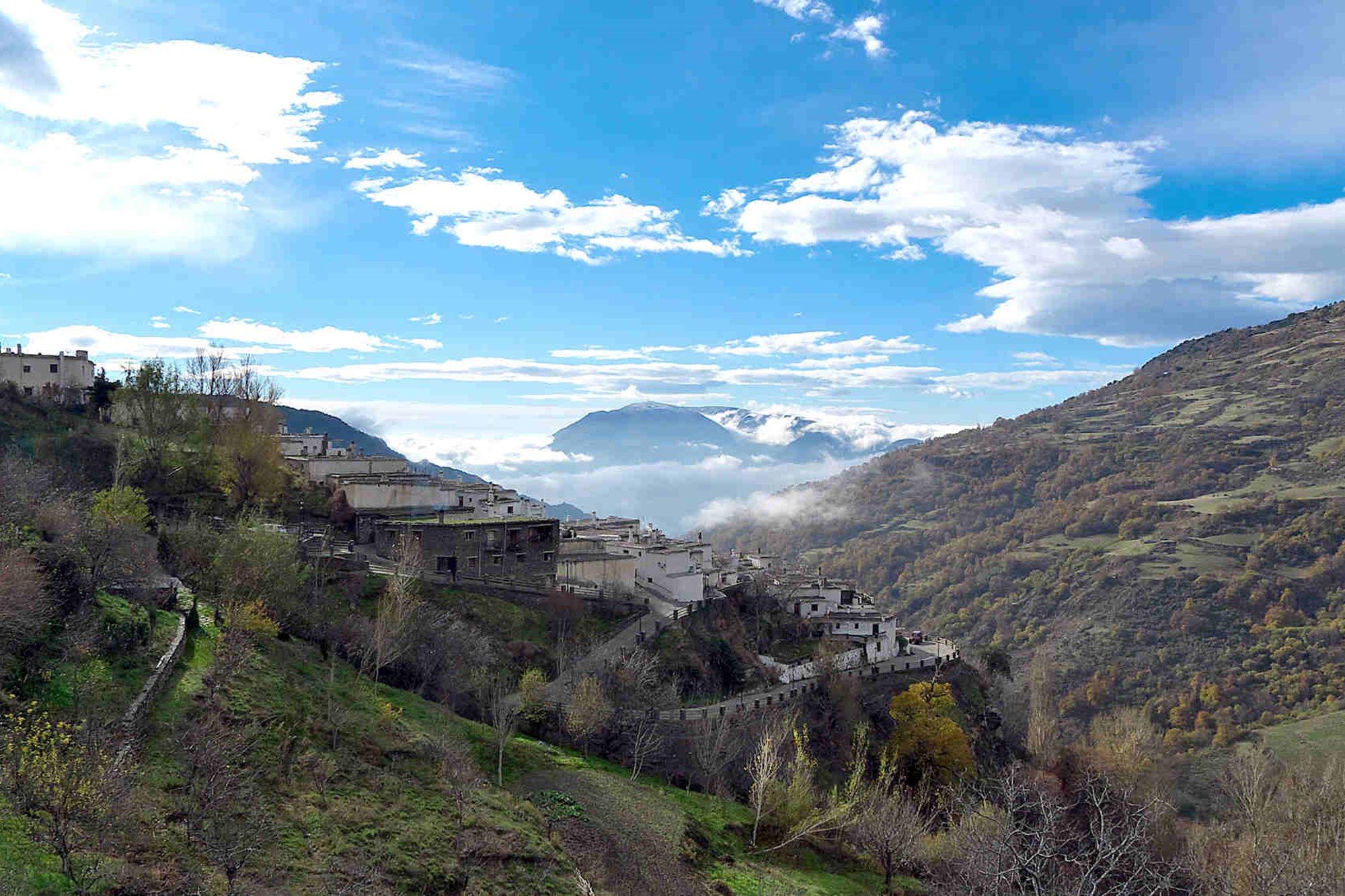 CAPILEIRA (GRANADA).jpg
