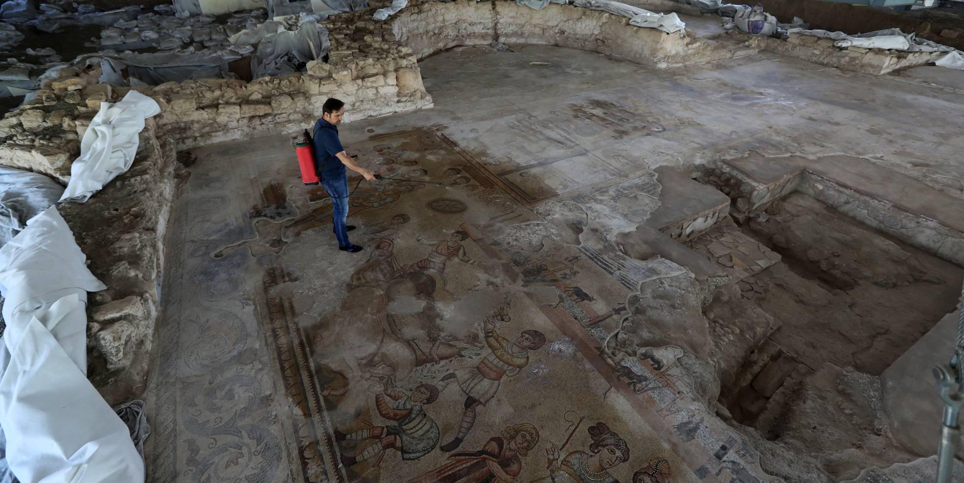 MOSAICO DE NOHEDA (CUENCA) uno de los mayores mosaicos figurativos conocidos del imperio romano