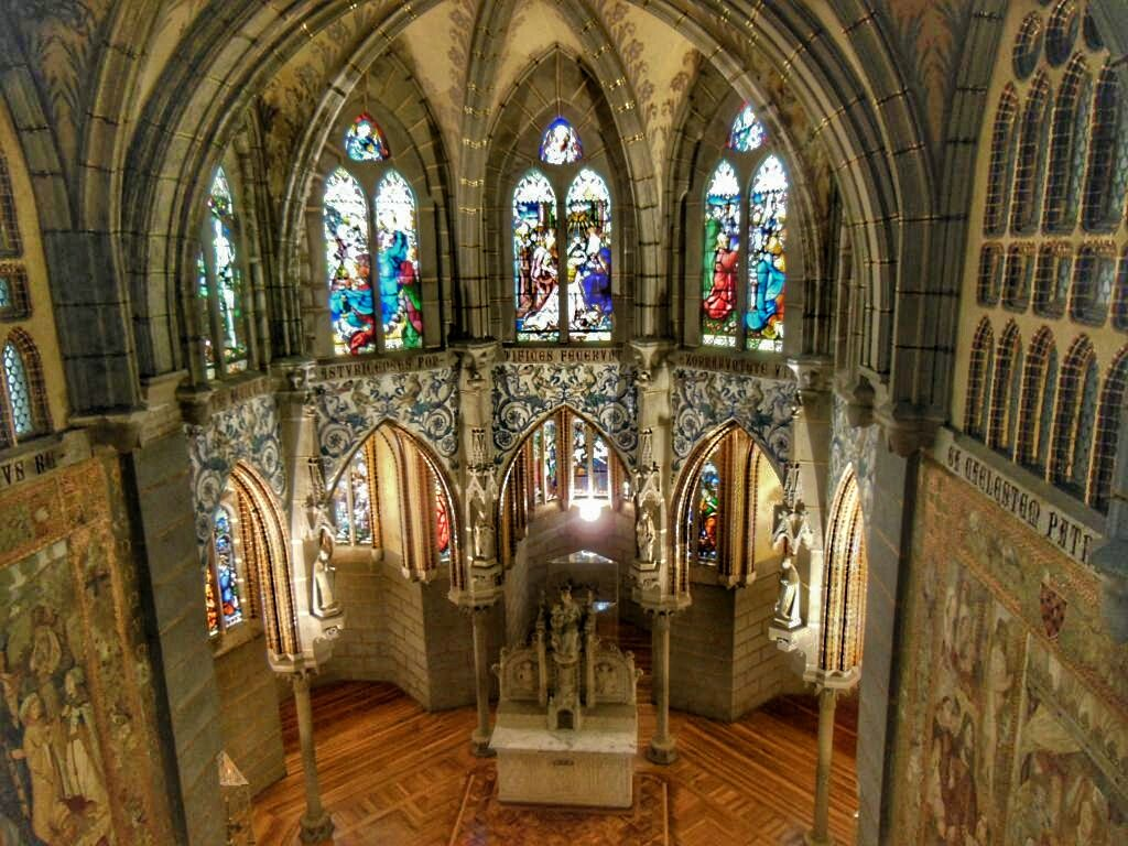 PALACIO EPISCOPAL DE ASTORGA INTERIOR