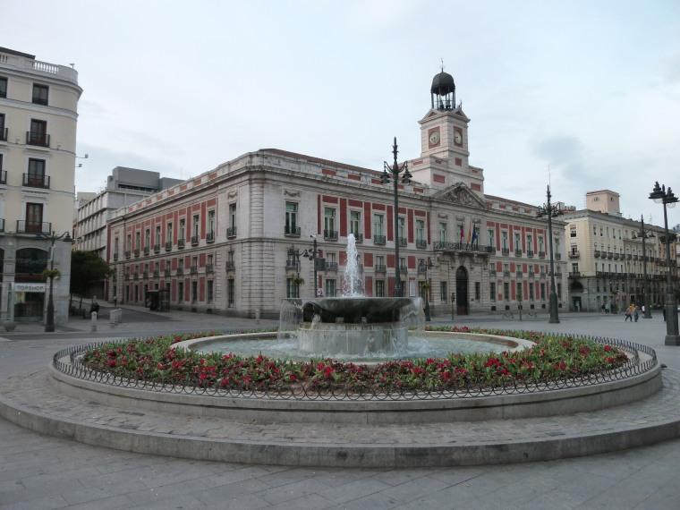 PLAZA DE LA PUERTA DEL SOL (MADRID).jpg