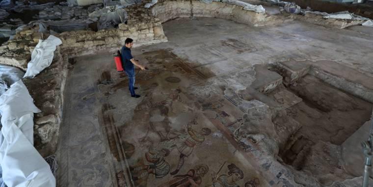 MOSAICO DE NOHEDA (CUENCA) uno de los mayores mosaicos figurativos conocidos del imperio romano.jpg