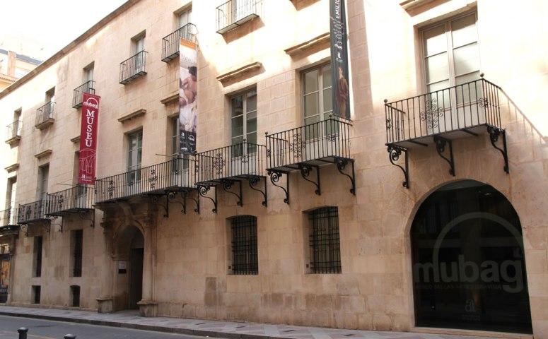 MUSEO DE BELLAS ARTES GRAVINA DE ALICANTE.jpg
