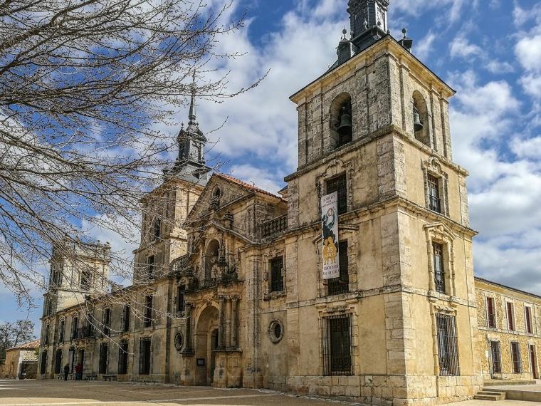 PALACIO DE JUAN DE GOYENECHE.jpg
