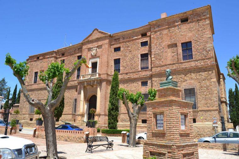 PALACIO DEL VISO EN VISO DEL MARQUÉS (CIUDAD REAL).jpg