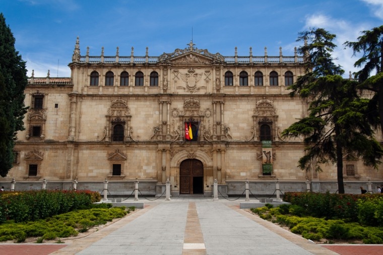 UNIVERSIDAD DE ALCALÁ (MADRID)