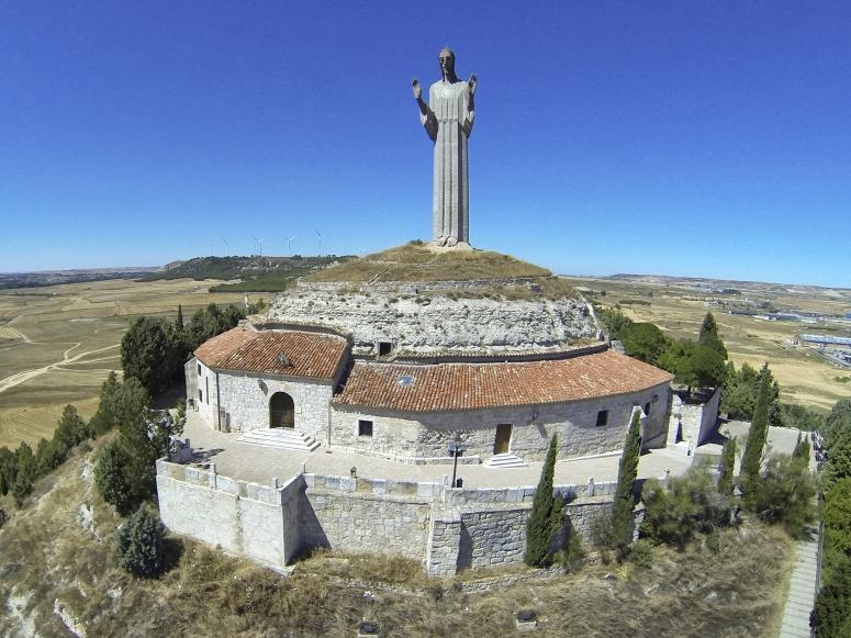 EL CRISTO DEL OTERO (PALENCIA)