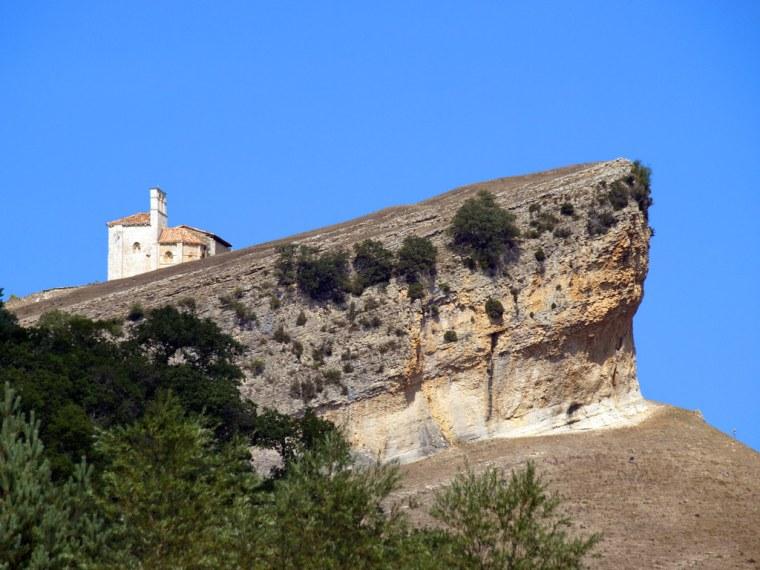 San Pantaleón de Losa (Burgos). Ermita de San Pantaleón