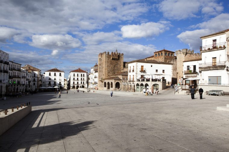 1. PLAZA MAYOR (CÁCERES)