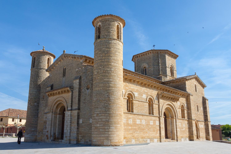 10. IGLESIA DE SAN MARTIN DE FROMISTA (PALENCIA)