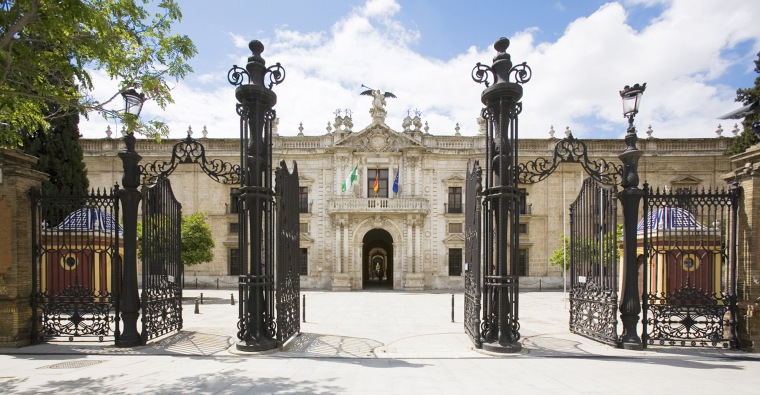 18. UNIVERSIDAD DE SEVILLA