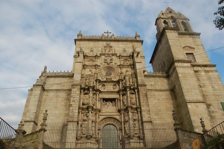 2. BASÍLICA DE SANTA MARÍA LA MAYOR (PONTEVEDRA)