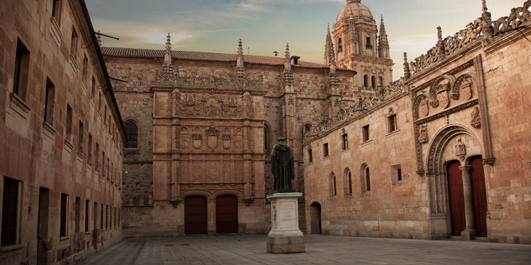 2. UNIVERSIDAD DE SALAMANCA