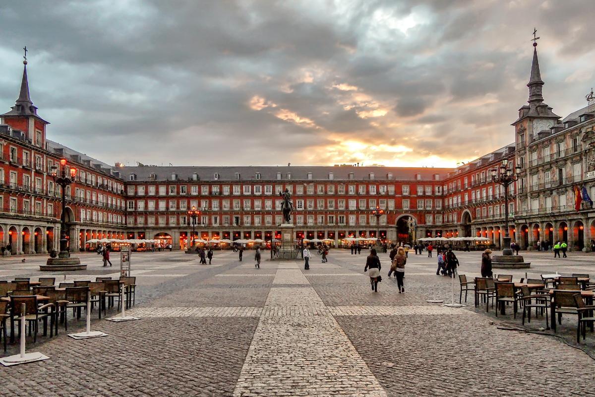 4. PLAZA MAYOR DE MADRID