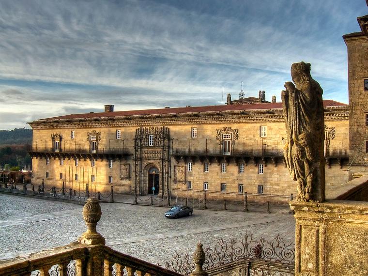 7. HOSPITAL-PARADOR DE LOS REYES CATÓLICOS (SANTIAGO DE COMPOSTELA)
