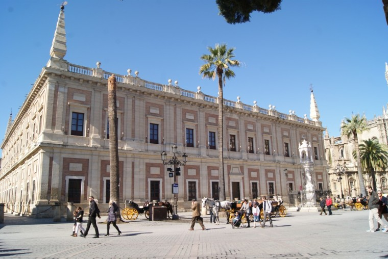 8. ARCHIVO GENERAL DE INDIAS (SEVILLA)
