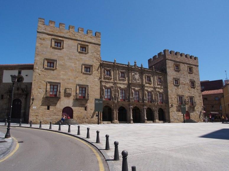 8. PALACIO DE REVILLAGIGEDO (GIJÓN)